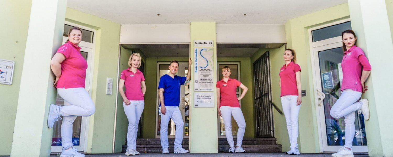 Das Team in der Zahnarztpraxis Dr. Christian Schubert in Beeskow - Zahnersatz